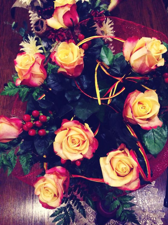 Roses Fantastic Gift Flowers Smile Surprise
