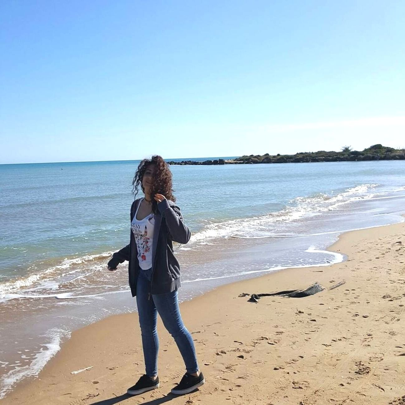 🐬instagram: gloriaglo99 Sea Beach One Person Blue Horizon Over Water Day Water Nature Wave Faraway Happiness Freedom Relax Smile Photo Model Girl Me Pretty Beautiful Photooftheday Nofilter Shoot Photography