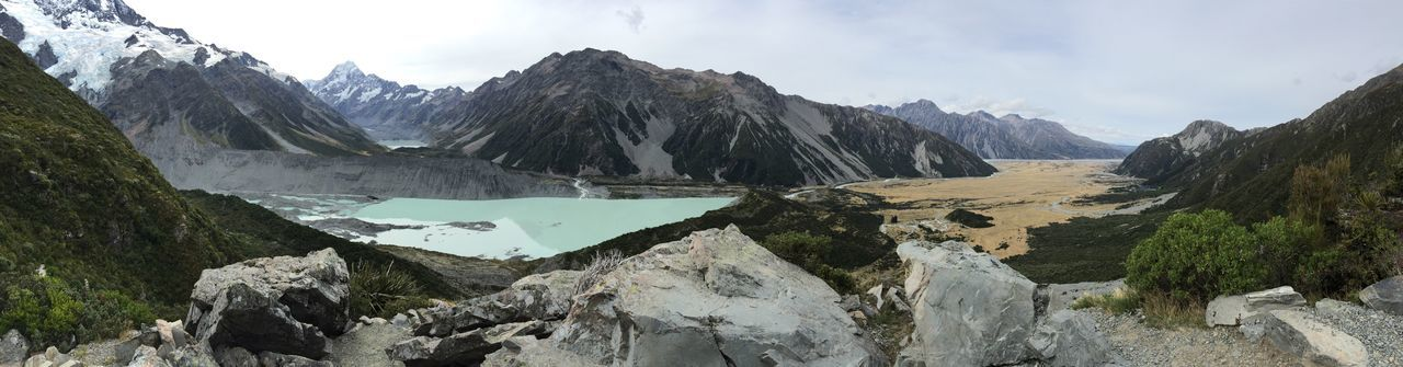 Mountain Mountain Range Beauty In Nature Scenics Nature Sky Tranquil Scene Panorama Snow Tranquility Day Landscape Outdoors Winter No People Cold Temperature Water View From Above Hiking Trail Hiking Trail Mount Cook New Zealand Glacier Lake