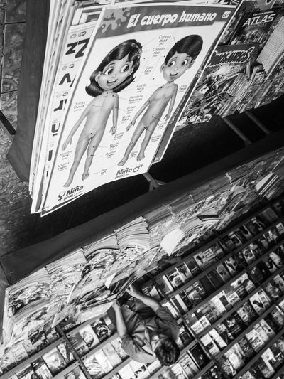 el cuerpo humano Monochrome Streetphotography Untold Stories