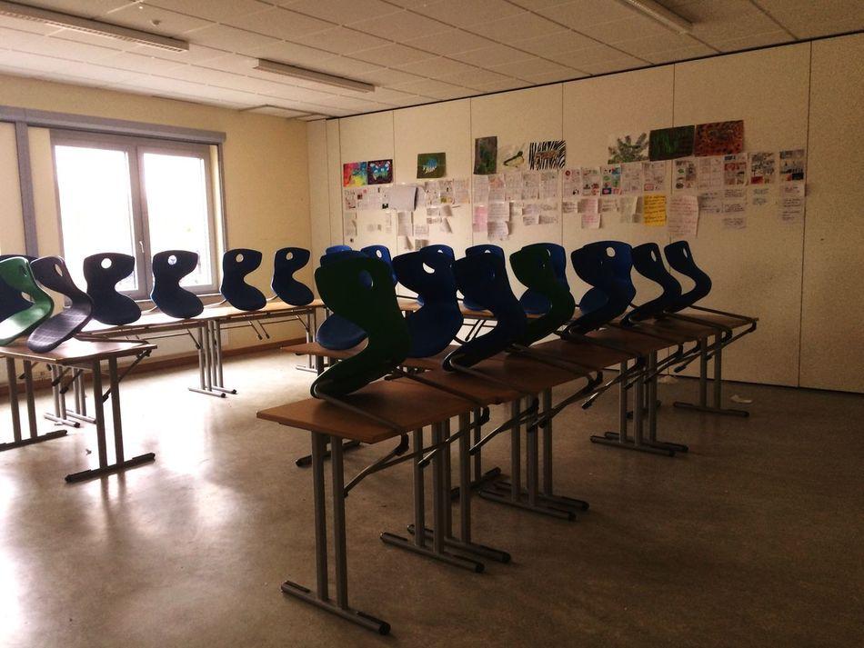 Klassenzimmer  Schule Indoors  Classroom No People Day