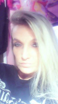 Seductive Goddess Bedroomeyes Wanna Play?Blue eyes dreamy eyed Model