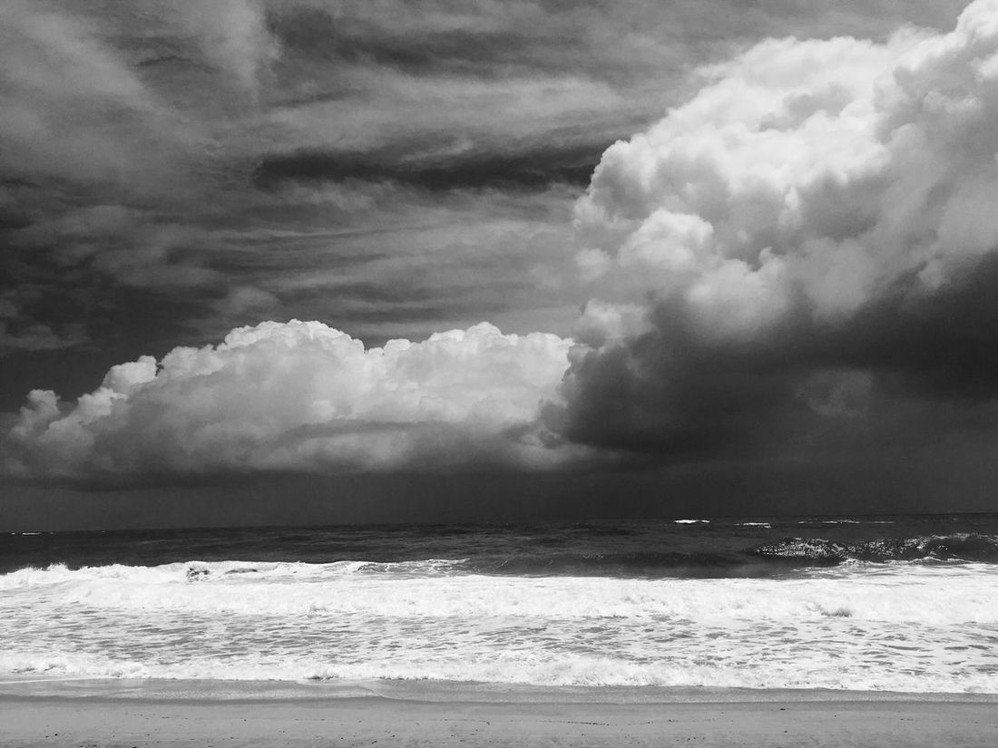 Cloud Sea Cloud - Sky Sky Nature Beach Water Outdoors Horizon Over Water No People Beauty In Nature Wave Brazil Pernambuco Landscape Vacations Blackandwhite