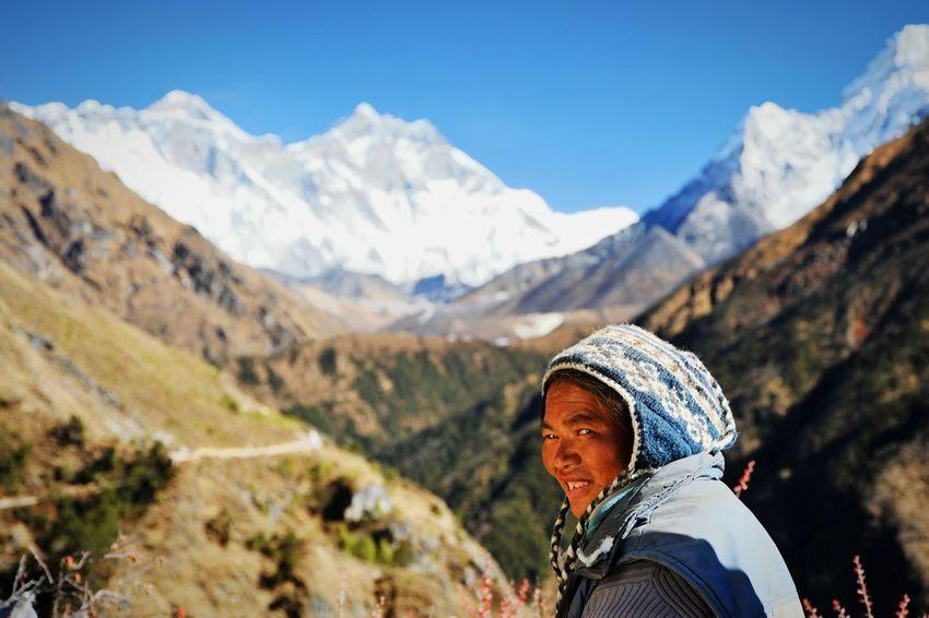 EyeEm Nature Lover Protecting Where We Play Nepal Nature Make Magic Happen Pray For Nepal Mountains The Traveler - 2015 EyeEm Awards Edge Of The World Mountain View