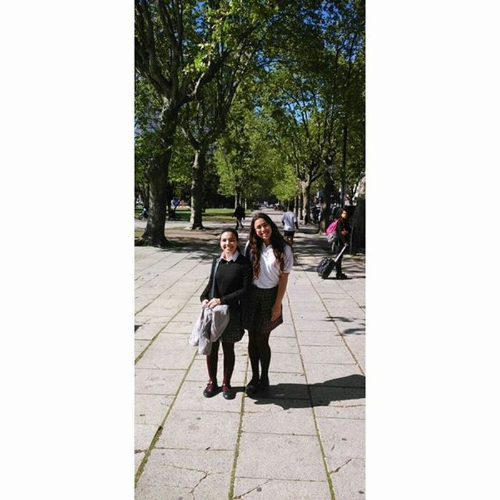 Mi hermana, novia (amante), mejor amiga. 👆😜😍😘 Friends Muggles Girls School likesforlikes