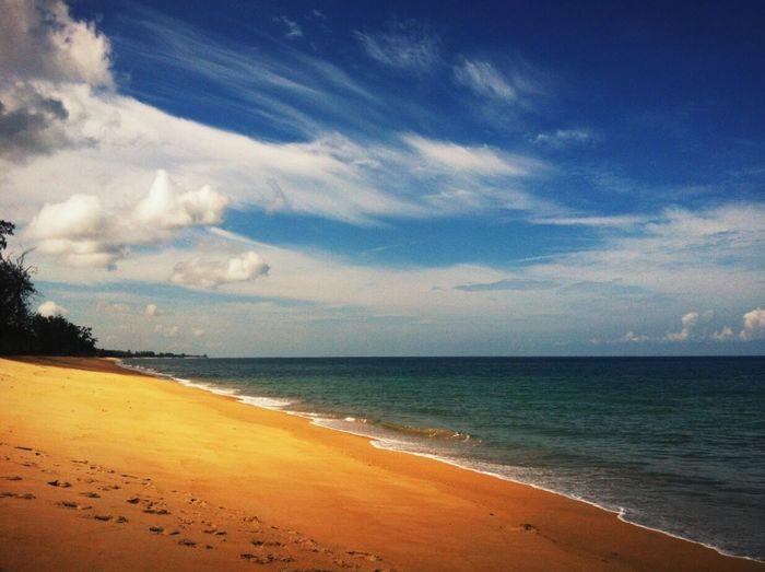 Sea Sand Beach Cloud - Sky Holiday Tropical
