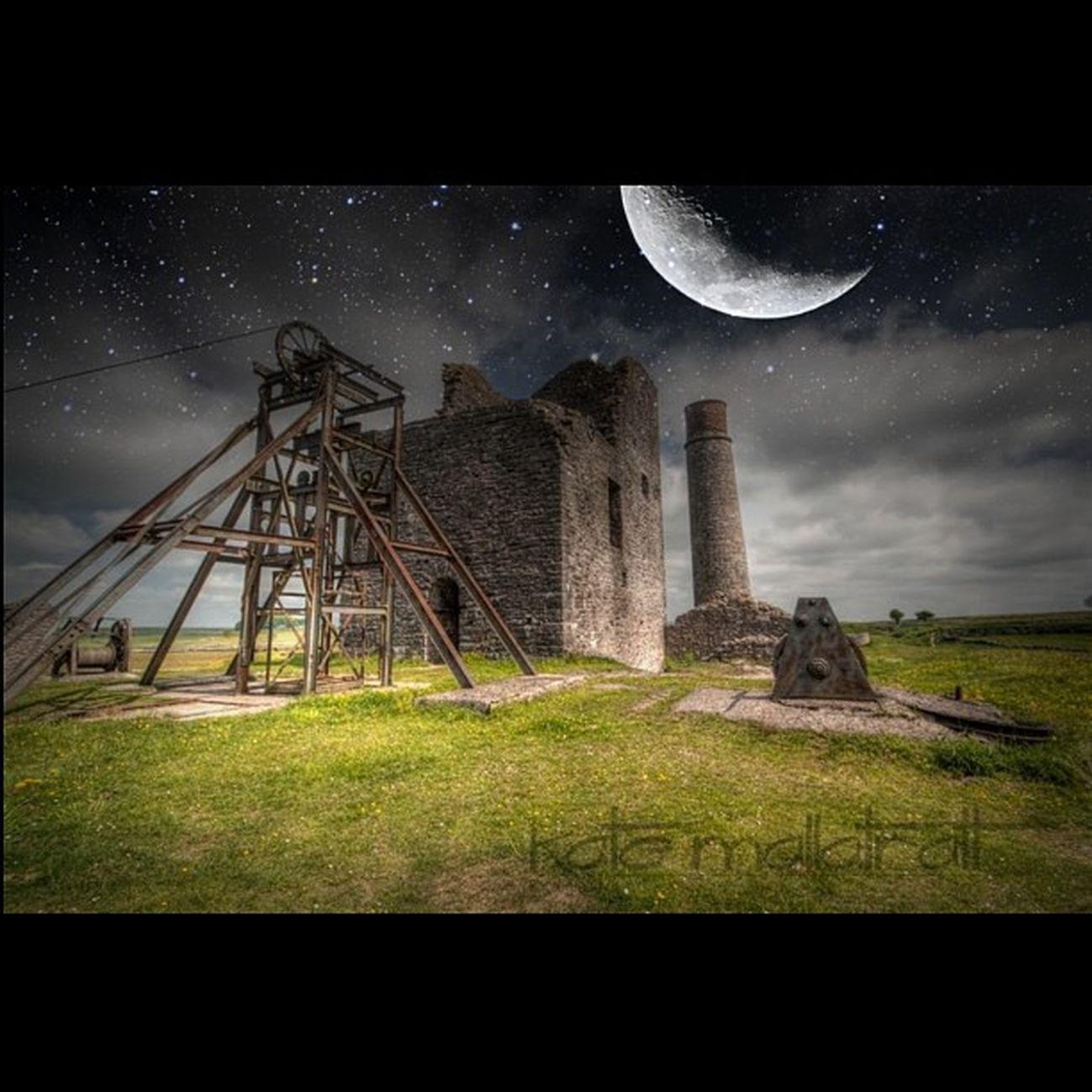 K8marieuk AlienSky Magpiemine Derbyshire Photo365 Photooftheday Mine Canon Eos450d Tamron Tamron10_24 HDR Moon