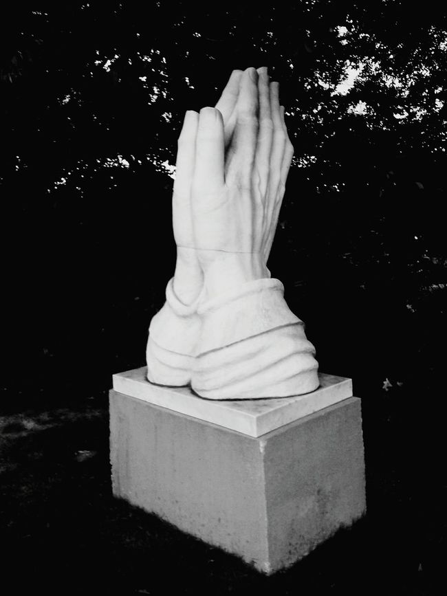 Statue Prayinghands Hugehands Blackandwhite Nopeople Eyeemphoto The Magic Mission