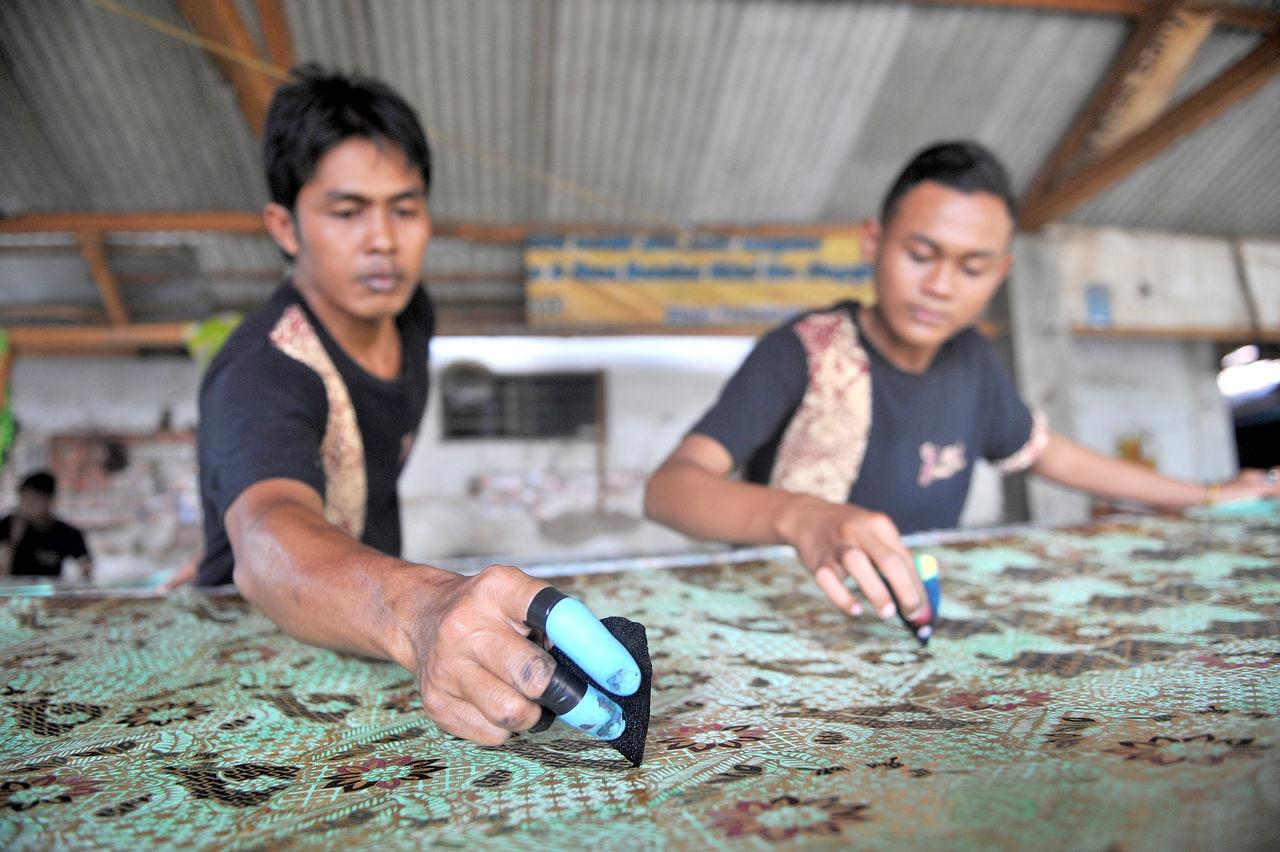 The proccess of making Batik in Gondo Arum, Banyuwangi, East Java, Indonesia Batik Culture EyeEmNewHere Human Hand INDONESIA Lifestyles Men People Real People