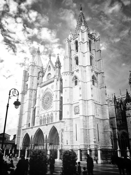 old style mode! City Collection Architecture Cathedral Black & White