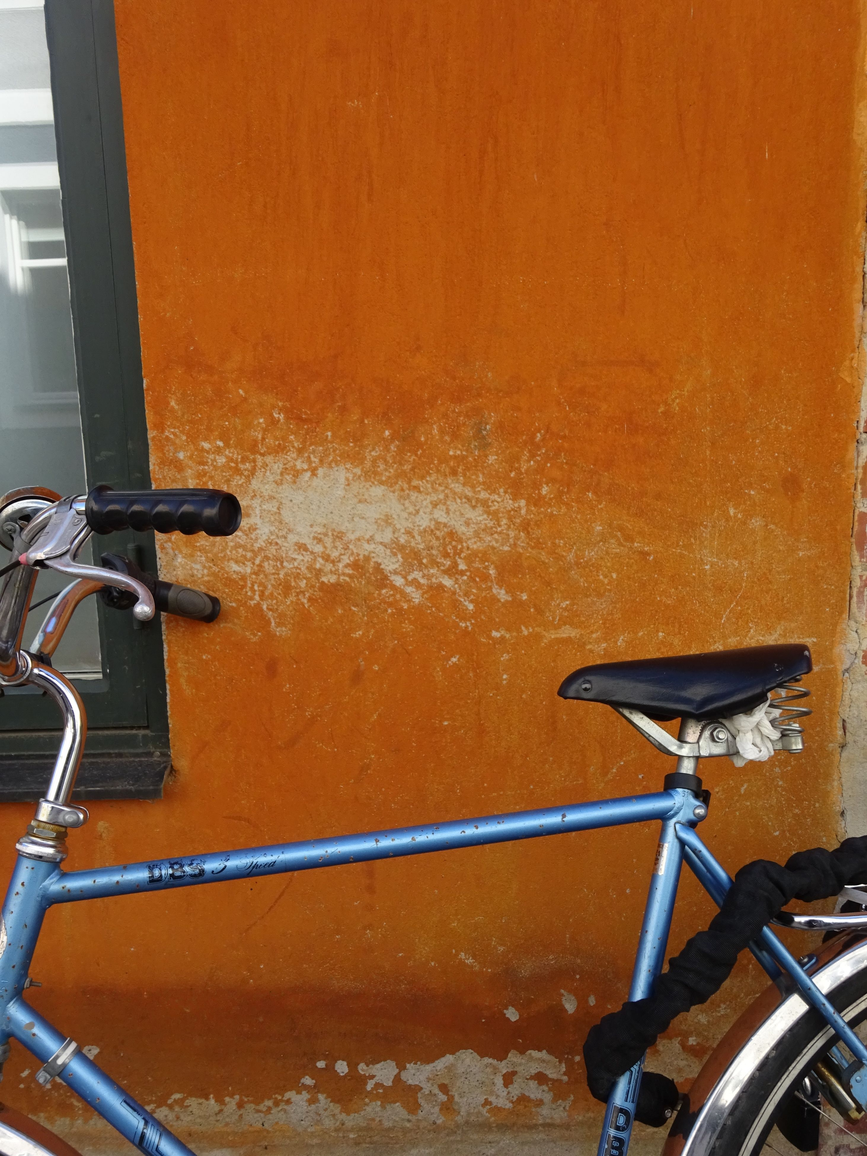 transportation, no people, bicycle, outdoors, day, close-up