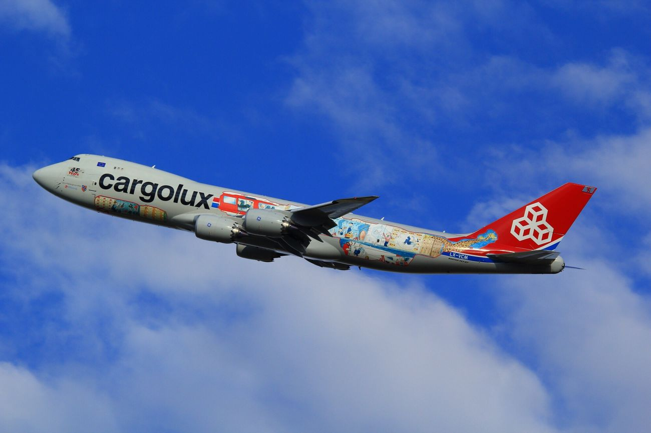 LX-VCM LX-VCM Cargo Cargolux Airplane Komatsu Komatsu Airport Blue Sky