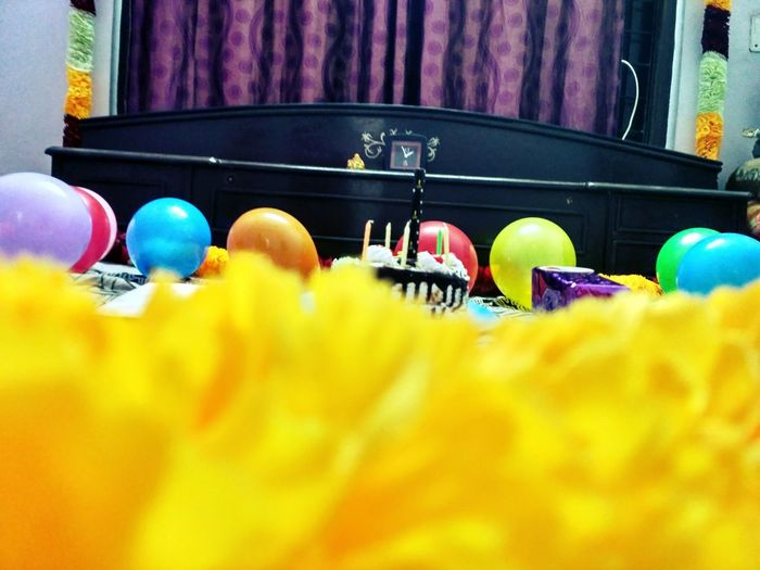 Maximum Closeness Close-up Party Urban Photography Flower Focus On Background Cake Candle Balloons🎈 Indoors  Home Interior Bedroom Bed Surpriseparty Anniversary