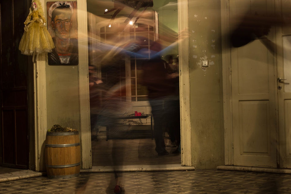 Capturing Motion Capture The Moment Capturing Movement Door Night Doorway Horizontal Tango Tango Dancers Dance Movement Movement Photography Movementphotography Indoor Photography Tango Life Photography