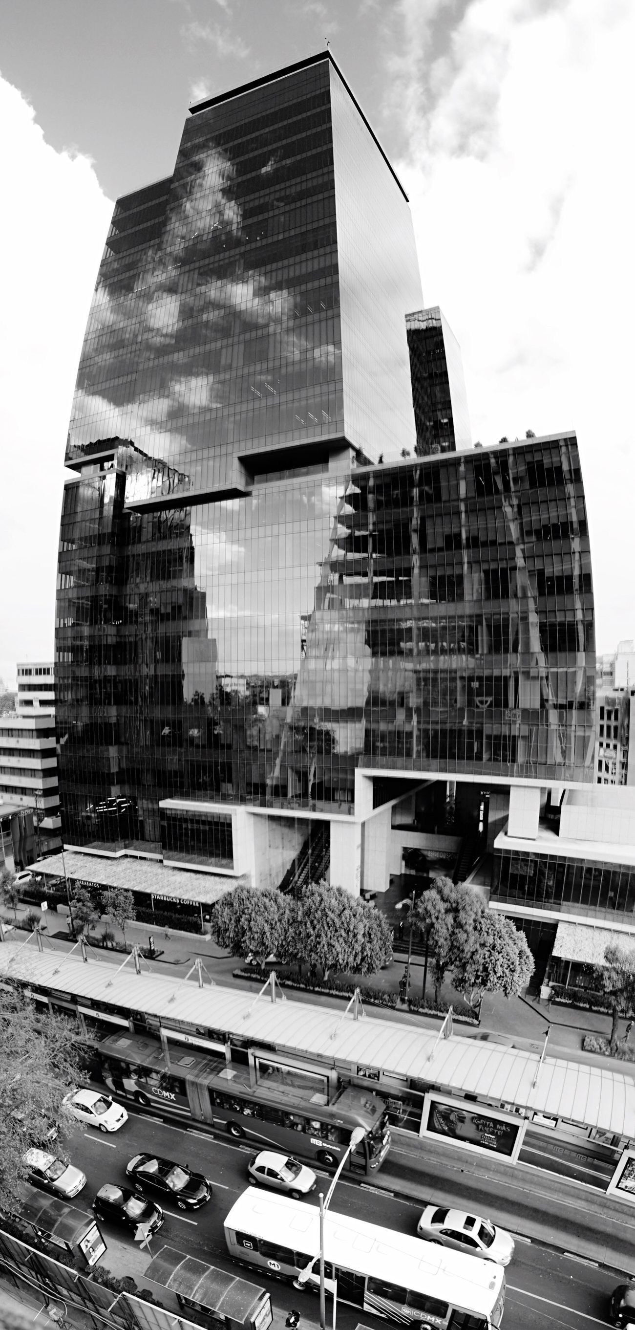 • [INSURGENTES 1458] #colonnieryasociados www.colonnieryasociados.com FOTO: ©JosueMejia2016 | Building Exterior Architecture Built Structure City Modern Day Skyscraper Sky Outdoors Architecture Streetphotography Eye4thestreets Street Photography Cityscapes WeAreJuxt.com Darkness And Light Mobilephotography AMPt - Street AMPt_community Yeahrchitectures Eye4 The Streets Urban Geometry EyeEm Best Shots - Architecture EyeEm Best Shots - The Streets Change Your Perspective #arquitecturamx