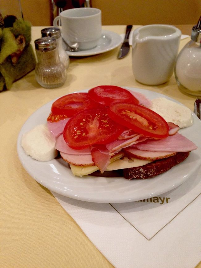 A good day start with amazing breakfast...??