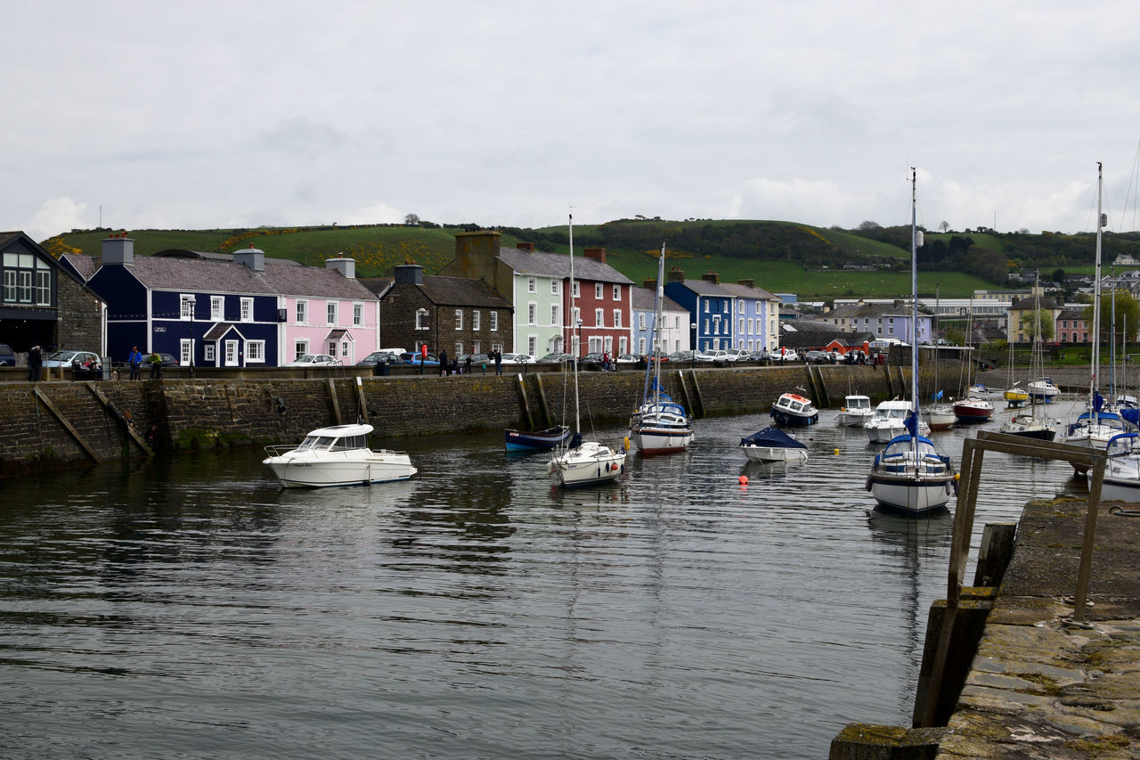 Aberaeron harbour Boats And Sea Boats⛵️ Harbor Harbour View Pebbles And Stones Pebbles And Water Pebbles On A Beach Sea Sea And Sky Sea View Seascape