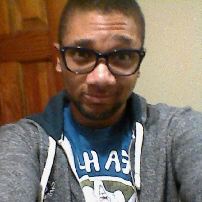 Just a random selfie. Im on @deadpoolclone a ton lately which explains the lack of posts here. Ill pick it up though. Selfie Promises  Regularshow Roleplayingisapparentlymylife theinitiative deadpool yeahuh datsmirk