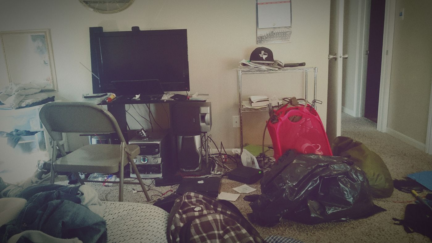Random af but sometimes I like to look at pictures with lots of details example. Dirty Room  Random Fuck Getting Ready For The Camera Relaxing Real World