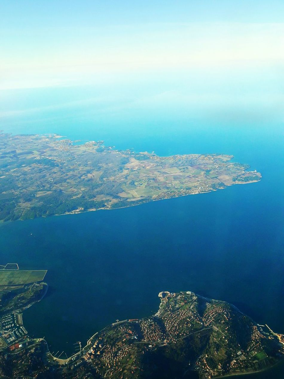 Aerial View Sea No People Scenics Blue Landscape Cityscape Water Outdoors Horizon Day Sky City Nature Beauty In Nature Byplane Plane Oblò EyEmNewHere