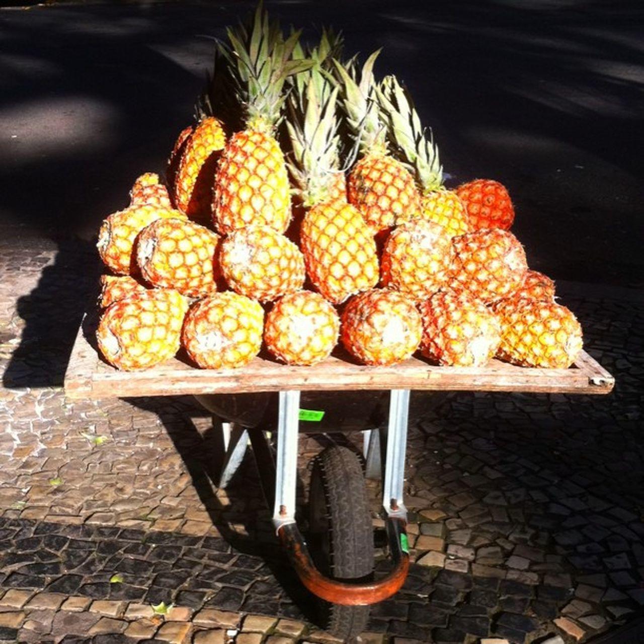 Pineapple Streetsale! Lol