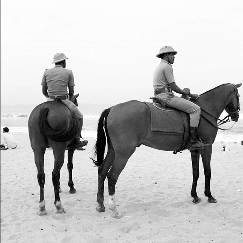 Protocol Protocol Horses Chennai Beachpatrol Cops Watchful Watchfuleye Incredibleindia Incredible_india India Uniform Meninuniform Copsandhorses Copsandrobbers Copsonhorse Police Policepatrol Monochrome Monochromatic Blackwhite