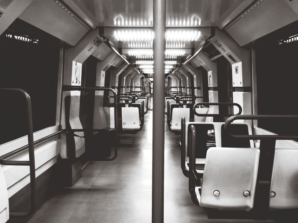 Metro RodandoAndo