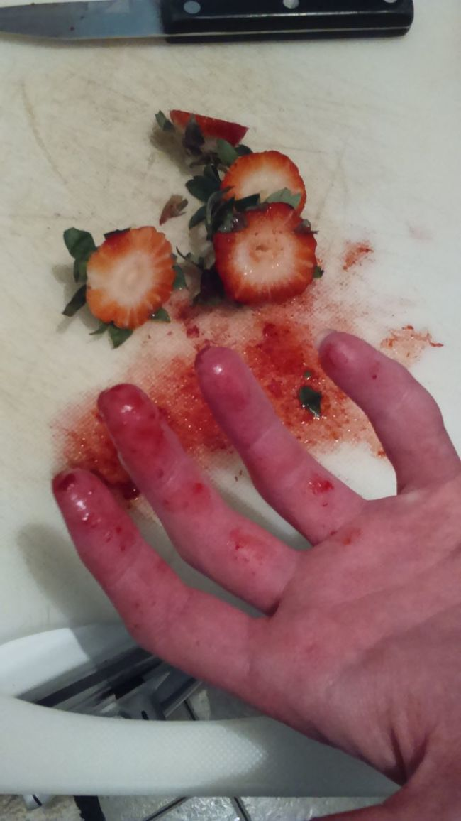 Chopping Board Chopping Chopping And Slicing Cutting Fruit Strawberry Strawberries Strawberrys Knife Messy Food Messy Fingers Fingers Crooked Finger Looks Like Bloody Hands Messy Hands Left Hand PINKY Getty & Eyeem Getty X EyeEm The Eyeem Collection At Getty Images