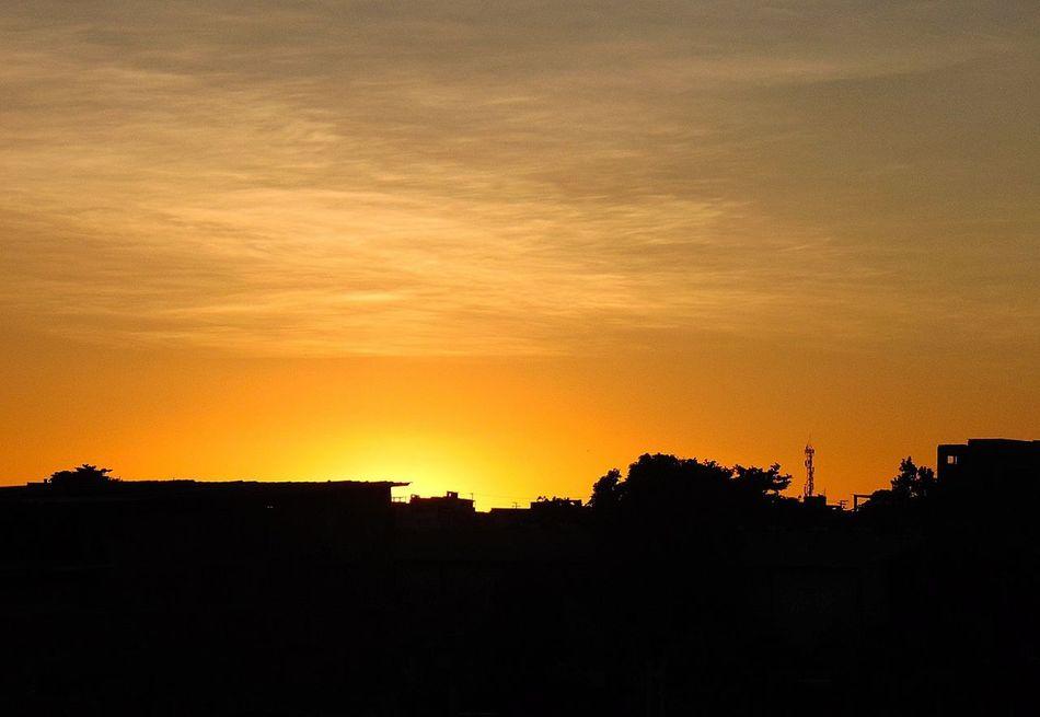 Sunset Silhouette Yellow Sky Dramatic Sky Nature Salvador Bahia Brazil Paraíso Beauty In Nature Pordosol PôrDoSol. Céu Inspired Inspiração City Silhouette