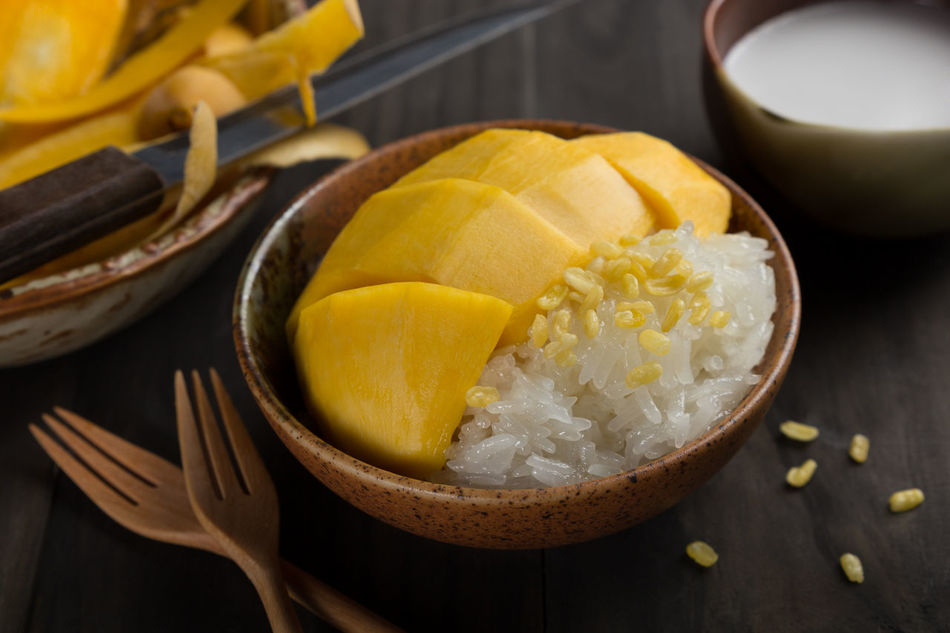 Bowl Close-up Coconut Milk D Day Food Food And Drink Freshness Indoors  Ingredient Khow Niew Ma Mau Manga No People Ready-to-eat Sliced Mango Sticky Sticky Rice & Mango Sticky Rice And Man Sticky Rice With Mango Sweet Sweet Foods Thai Dessert