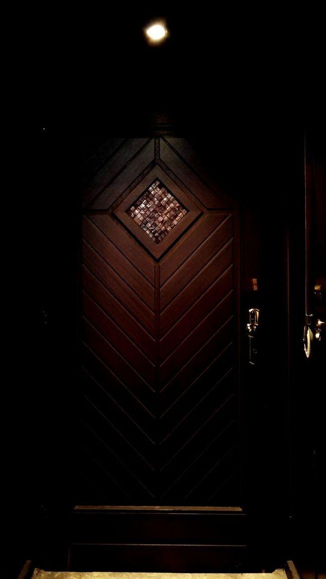 Becketts Kopf Bar Entrance Berlin Nights Mixology Culture Door Outdoor Night