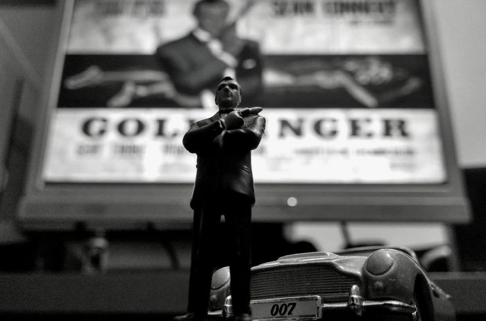 Sarajevo Home James Bond 007 Aston Martin Goldfinger MOVIE Figurines  Toys Car PC Screen Photography LG G3 Focus Selective Focus Background MOVIE Iconic Historic Sean Connery Black And White