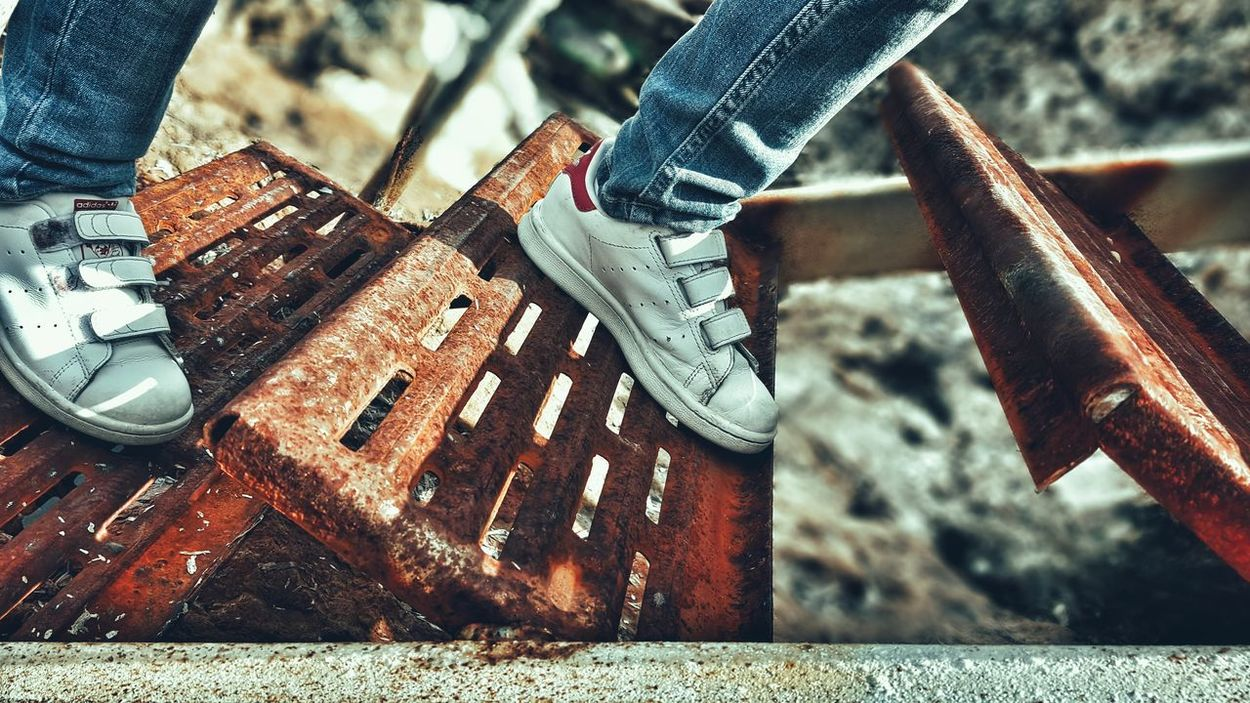Stairs Steps Little Girl Shoes Stansmith Adidas STAN SMITH Looking Down Human Representation The Human Condition Feet Rusty Metal Rusty Surface GrungeStyle Grunge It Up Rotten Stairway Old Ladder Old And Worn Ladder Ladder To Nowhere Ladder To Water