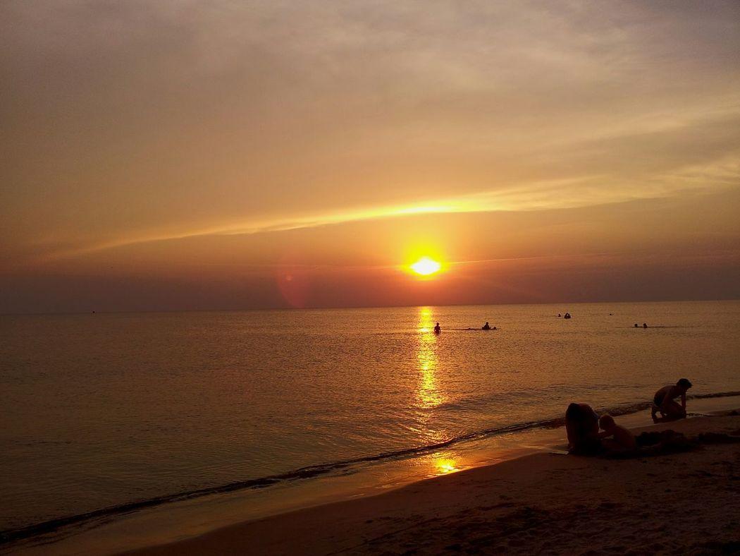 Sea Sunset Sand Amazing View Wonderful Shine Relaxing Summer Romantic❤ Enjoying Life