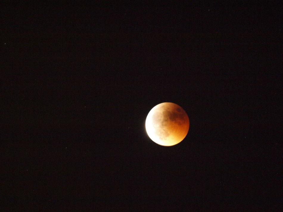 Eclisse di luna Eclipse Moon Light Moon Eclipse Moonlight Moon Moonshot Eclissisardegna Eclisse Luna