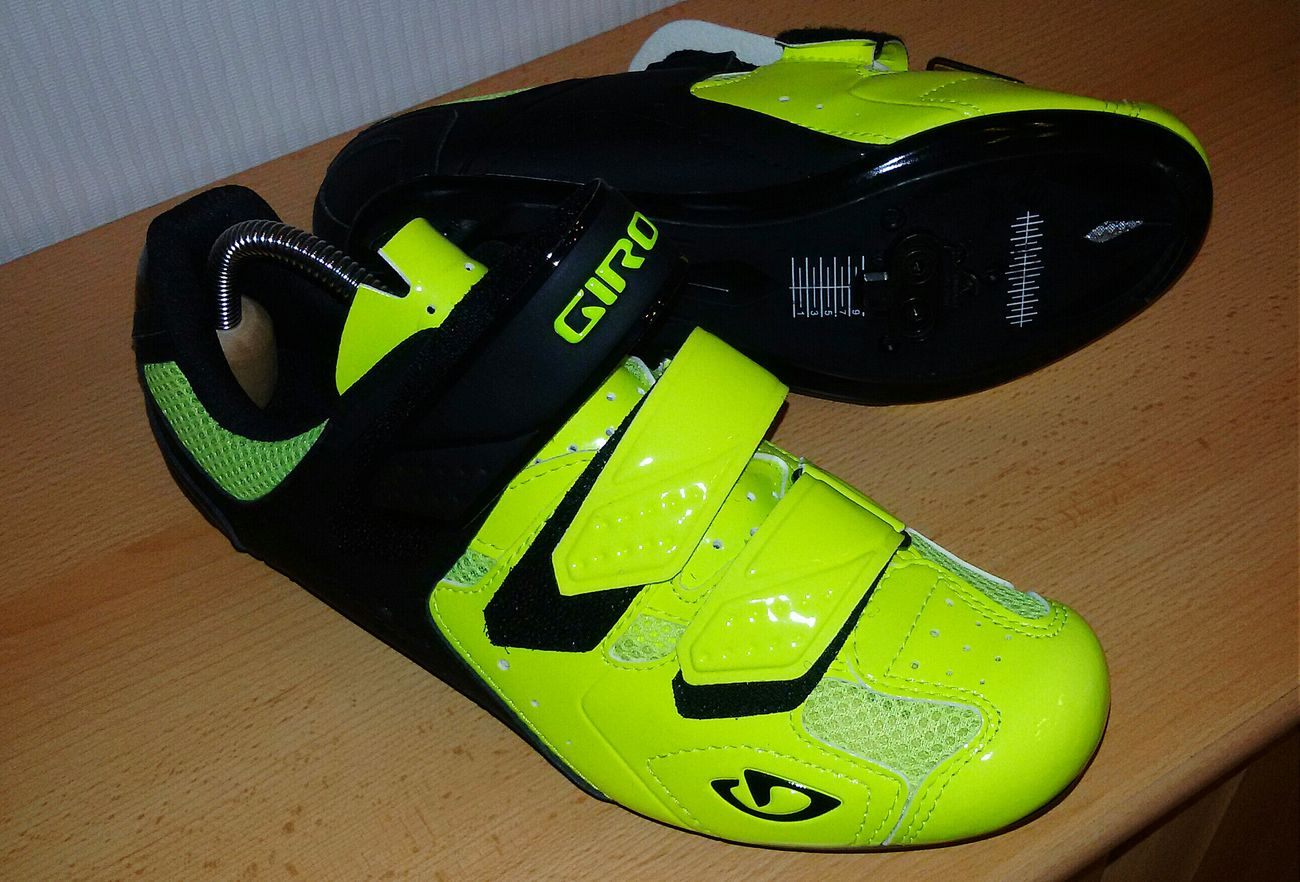Hello World Hi IndoorCycling  New Shoes 🍀Colurful Check This Out Sport Time Bicycle Music Is My Life Powerful Sports Photography Taking Photos Color Of Sport Sports Activity Marathon Power Getting Inspired Fun Eyem Sports Photography Lets Go! Healthy Lifestyle Enjoying Life Lieblingsteil