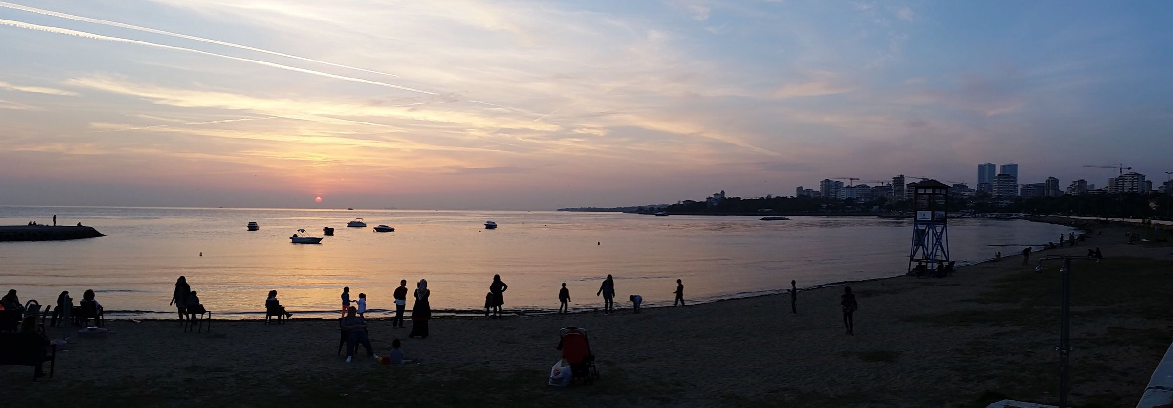 Silhouette Sunset Beach Sea Horizon Over Water Large Group Of People Sky Tranquil Scene Beauty In Nature Suadiyesahil Istanbul