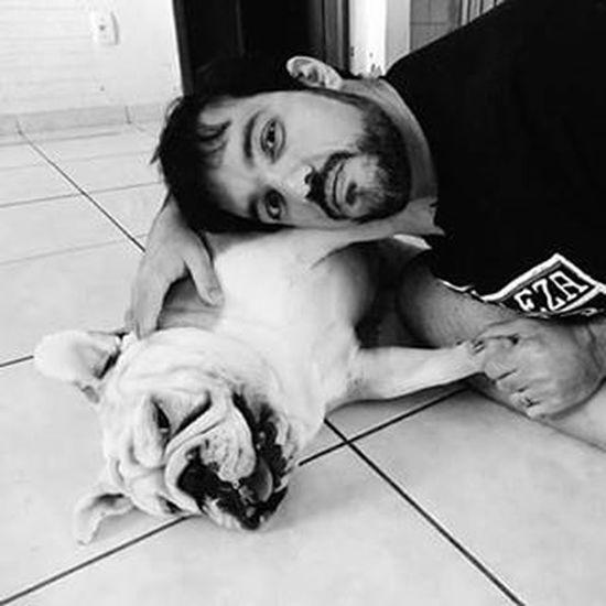 Feliz dia dos país atrasado para todos tipos de pais! Father Nofilter Late Happyfathersday englishbulldog bulldog dog