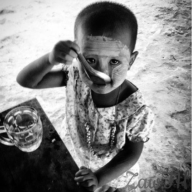 Morning.. Blackvisionprojects Bnw Blackandwhite Respirofotografia Collection_bw Igers Igersmyanmar Igersmandalay Vscomyanmar Universal_bw Myanmarphoto Vsco_cool Vsco_good Vscocam Pocket_bnw Travelgram Aseanchannel Collection_bw