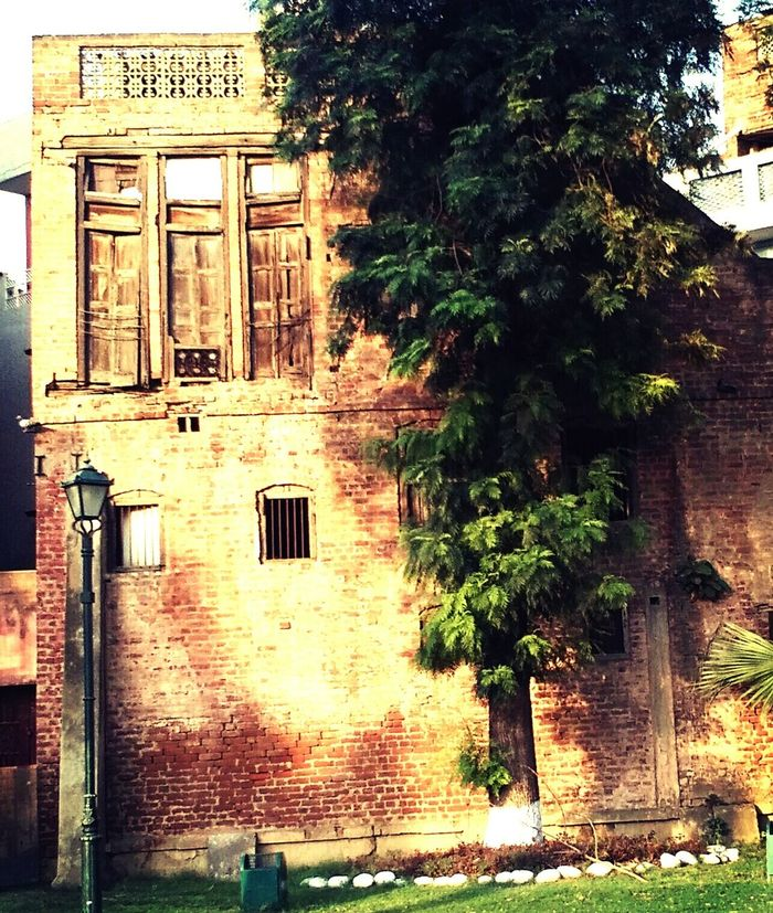 Old monuments. Oldera Oldbeauty Old Buildings Jallianwala Bagh Jallianwala Jallian Wala Bagh Monuments Monument Structure Structure And Nature Structures And Architecture Structuralphotography Structural Landscape Landscape_Collection Landscape_photography