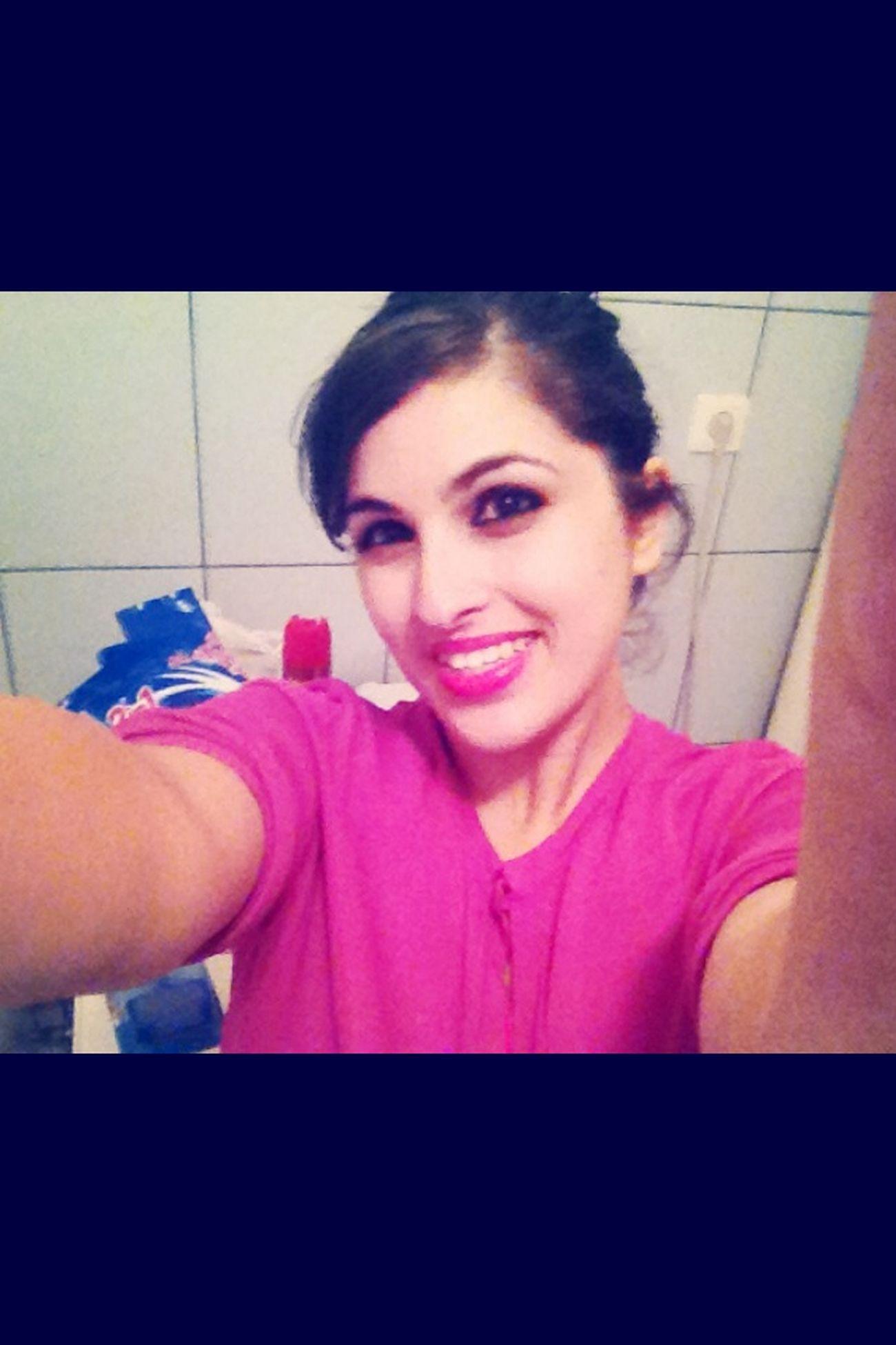 J'ai une drôle de tête à 4h du mat'.. ??☕️?? EffetRevision  Bathroompic Selfie