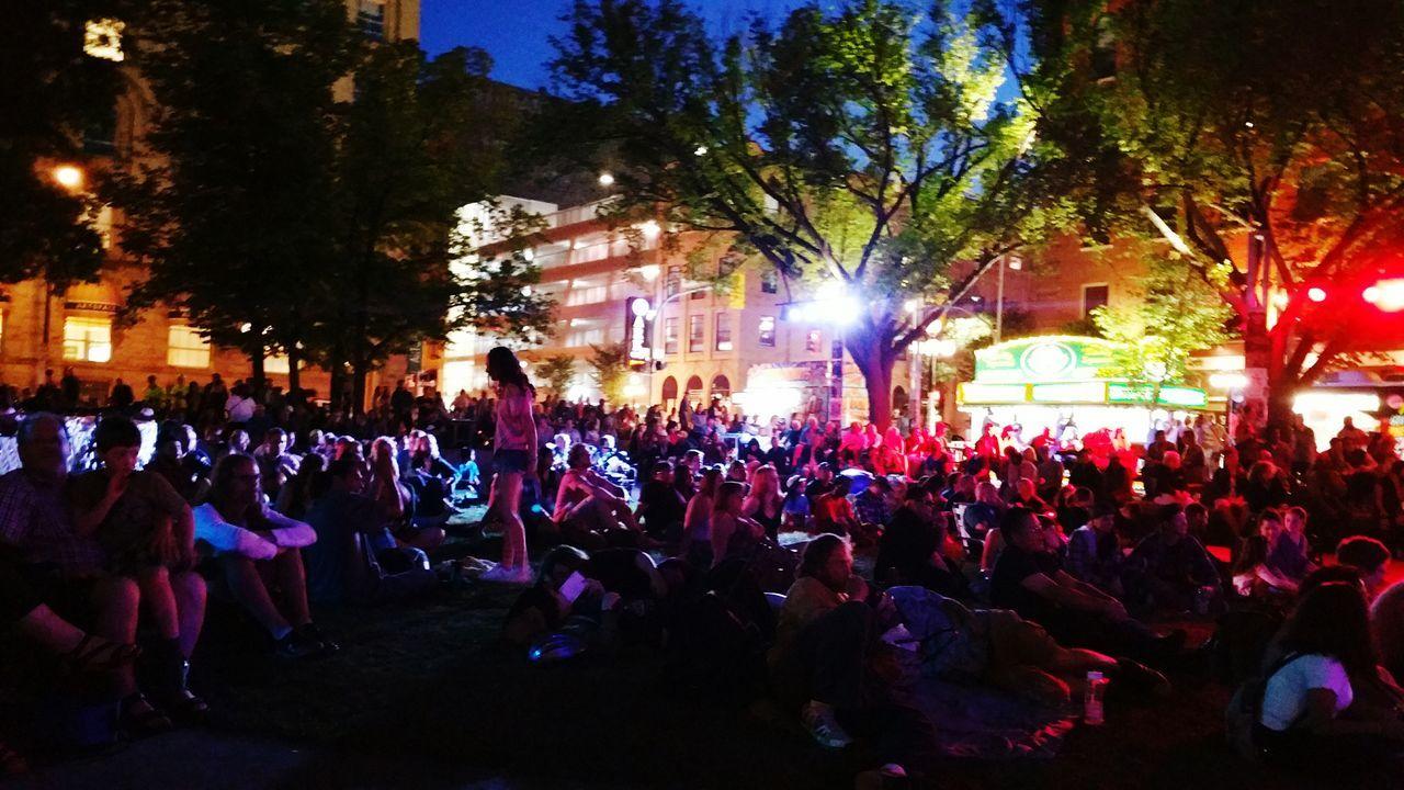 WinnipegFringeFestival Music Dance Crowd Audience Outandabout Music Brings Us Together EyeEm Diversity Break The Mold The Portraitist - 2017 EyeEm Awards The Street Photographer - 2017 EyeEm Awards Sommergefühle