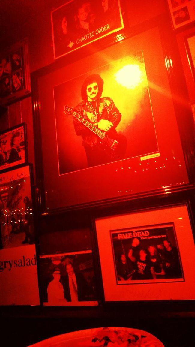 Great Atmosphere Rock'n'Roll Rainbow Room