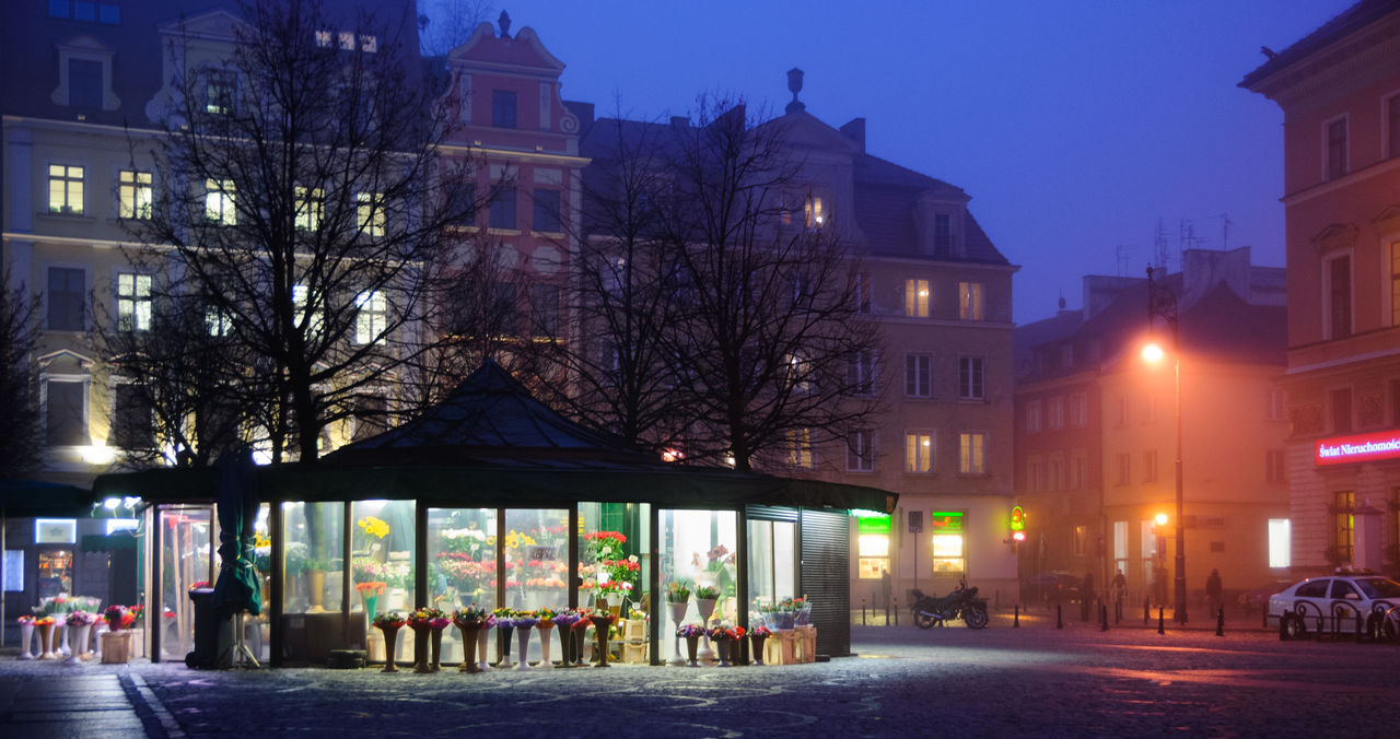 Plac Solny Architecture Building Exterior Built Structure City City Life Dusk Flower Shop Flowers Foggy Foggy City Illuminated Market Square Meeting Place Night Night Lights Town Square