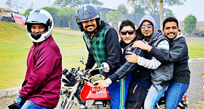 Everyday Joy Friends Riders Royalenfield Continentalgt Cafe Racer