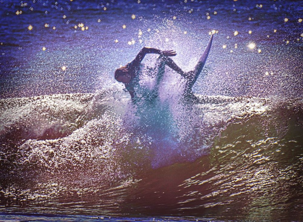 Surf the stars... Check This Out Cool California Showcase: February Eye4photography  Check This Out Oceanside Surfart Surfer Surfingphotography Surfingislife Surf Photography Taking Photos
