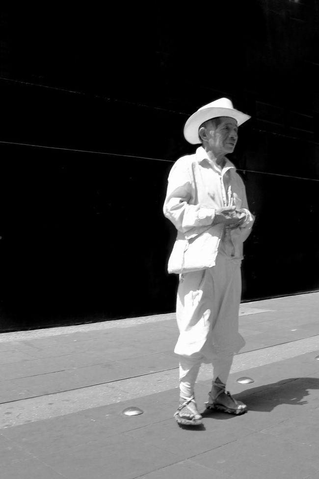 Mexico Light And Shadow Mexico City Streetphoto_bw EyeEm Best Edits EyeEm Best Shots - Black + White Streetphotography Eye4 The Streets Tadaa Community The Human Condition