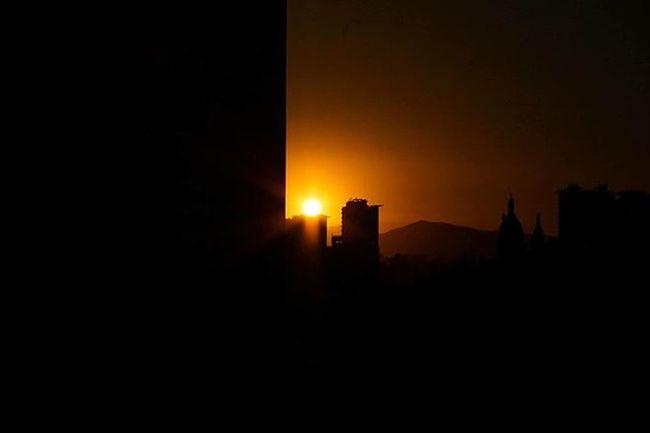 Capital city 🚀🏢 Sunset Lr5 Canon 55mm Orange Shadow Building City Twilight Cathedral Photographer Santiago Piggytravel Landscape