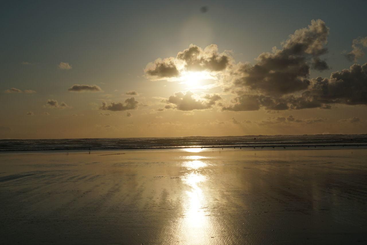 Nautical Sunset #sun #clouds #skylovers #sky #nature Beautifulinnature Naturalbeauty Photography Landscape [a: OtherMindMedia Cannon Beach Eclipse Waterfront