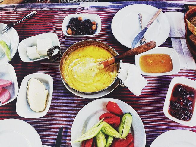 Uzungöl Breakfast. Its calling 'Kuymak' 🍽😋👍🏼 • Turkey🇹🇷• Plate Indoors  Healthy Lifestyle Ready-to-eat Serving Size Appetizer Colorstory Enlight Viscocam Gopro Picoftheday Still Life